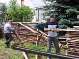 Odbudowa kościoła. Szynkielów. 4.06.2007 r.