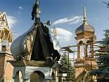 Odbudowa kościoła. Szynkielów. 18.06.2007 r.